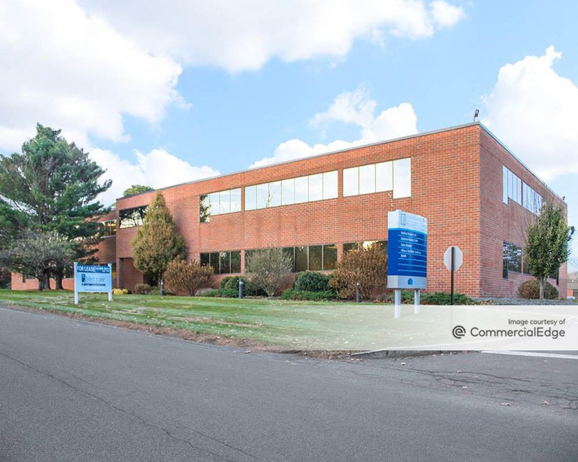 14 Columbia Circle Drive & 7 Executive Centre Drive