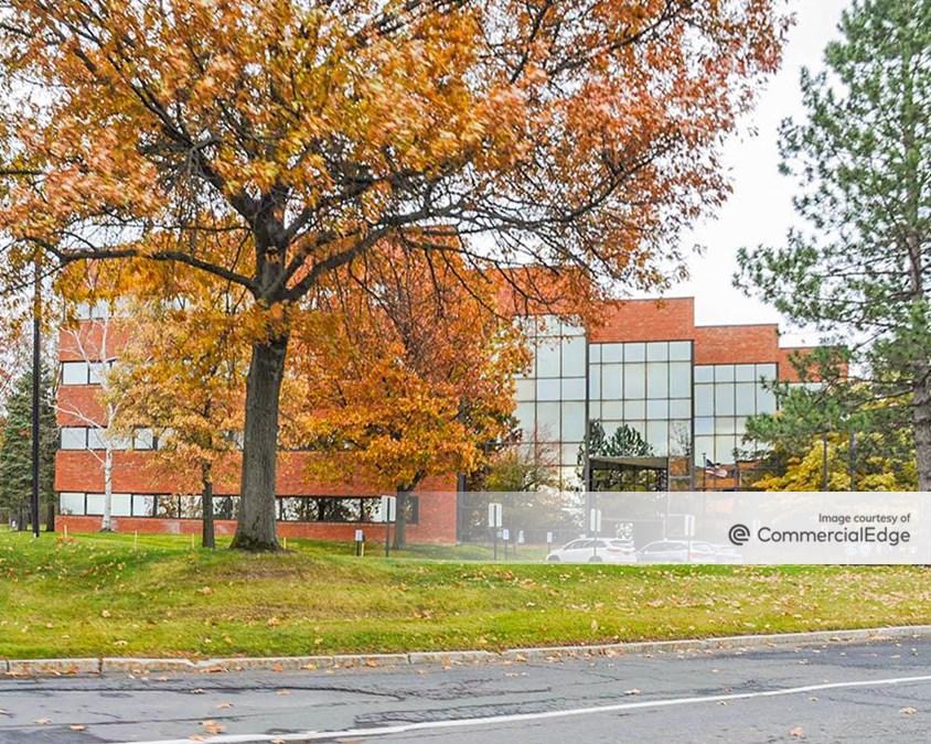 Corporate Woods Office Park - 18 Corporate Woods Blvd