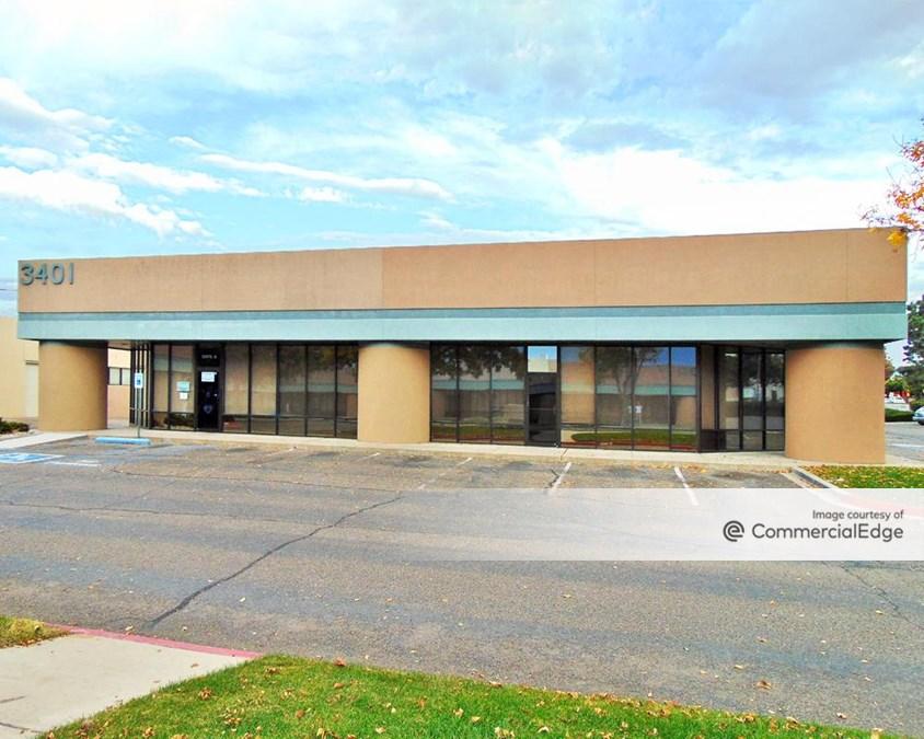 Candelaria Business Center