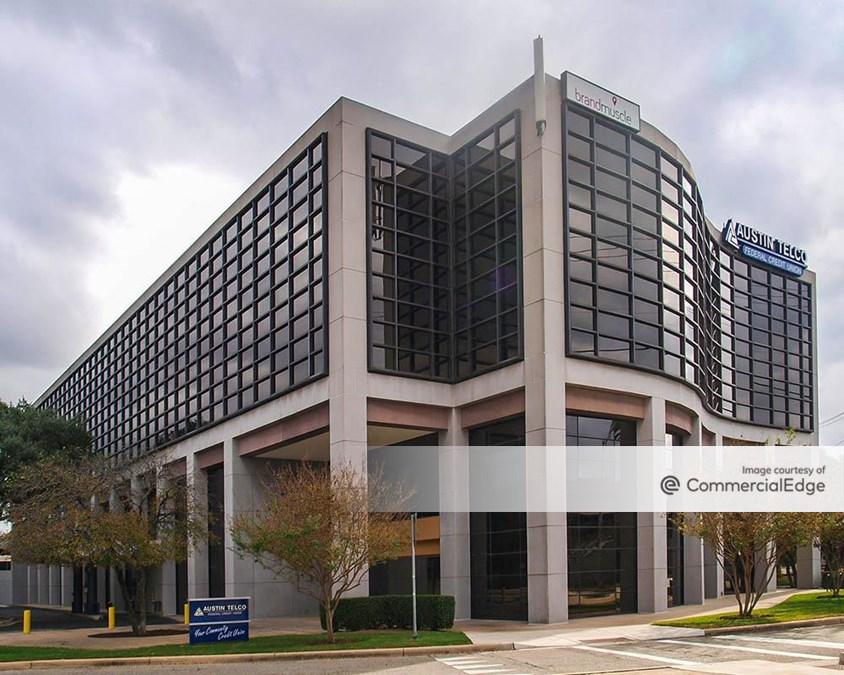 Balcones Centre