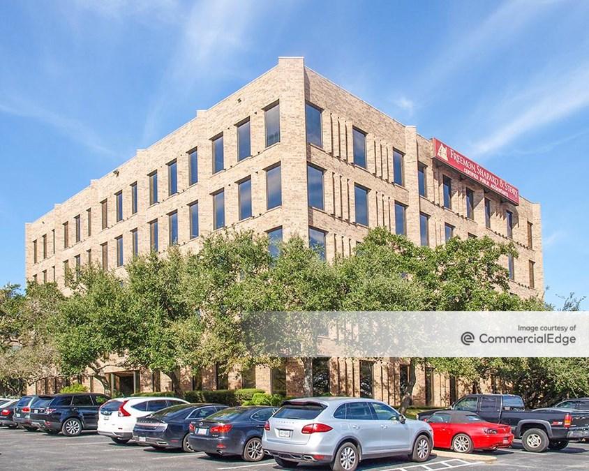 Balcones Office Park - 3305 Northland Drive