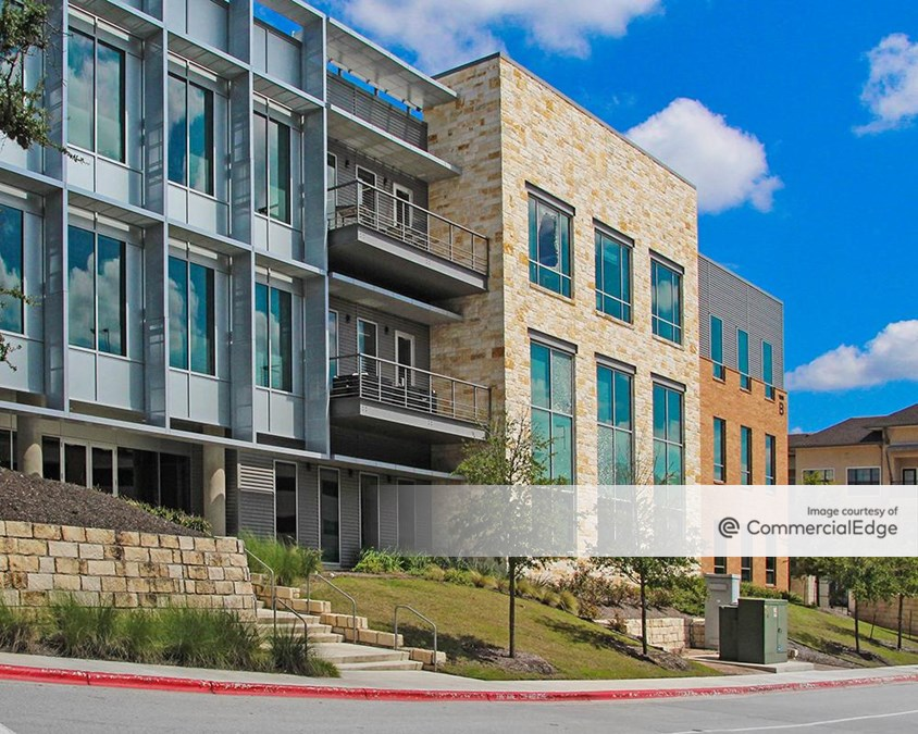 HILL COUNTRY GALLERIA B