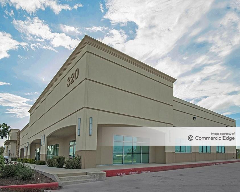 35 Oaks Building II