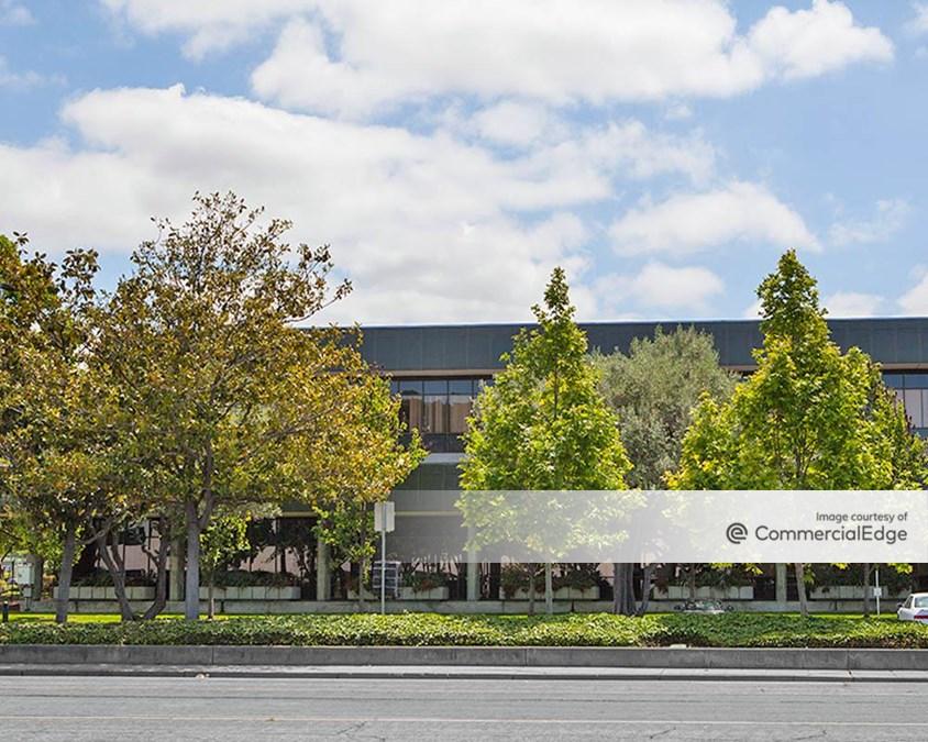 Arques Campus - Buildings 81 & 85
