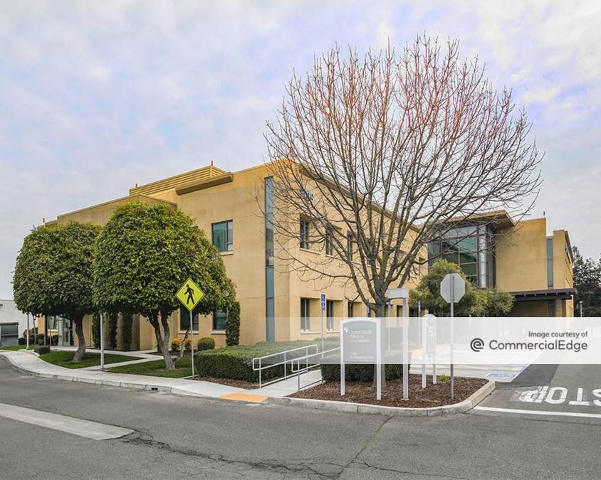 Sutter Health Memorial Medical Center - Briggsmore Specialty Center