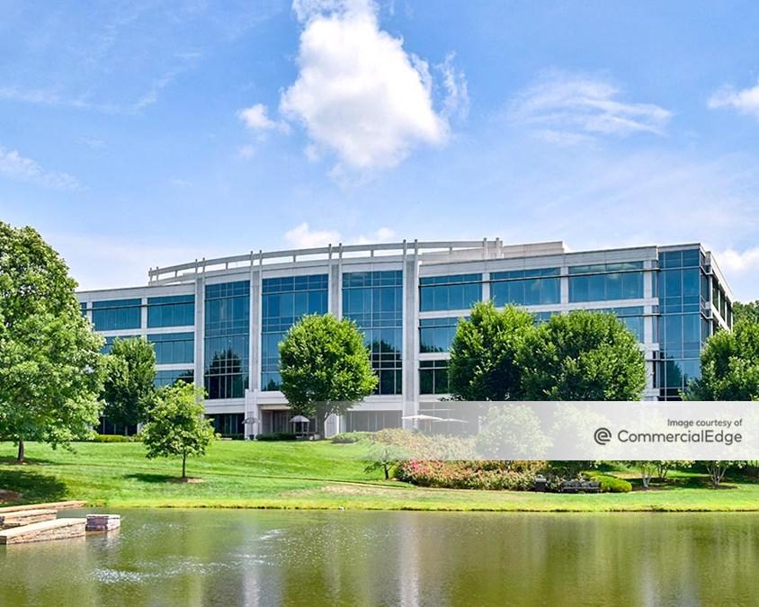 LakePointe Corporate Center Three