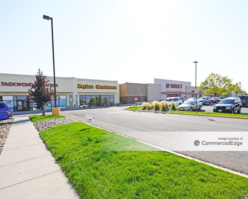 Valley Plaza Shopping Center - 16910 East Quincy Avenue