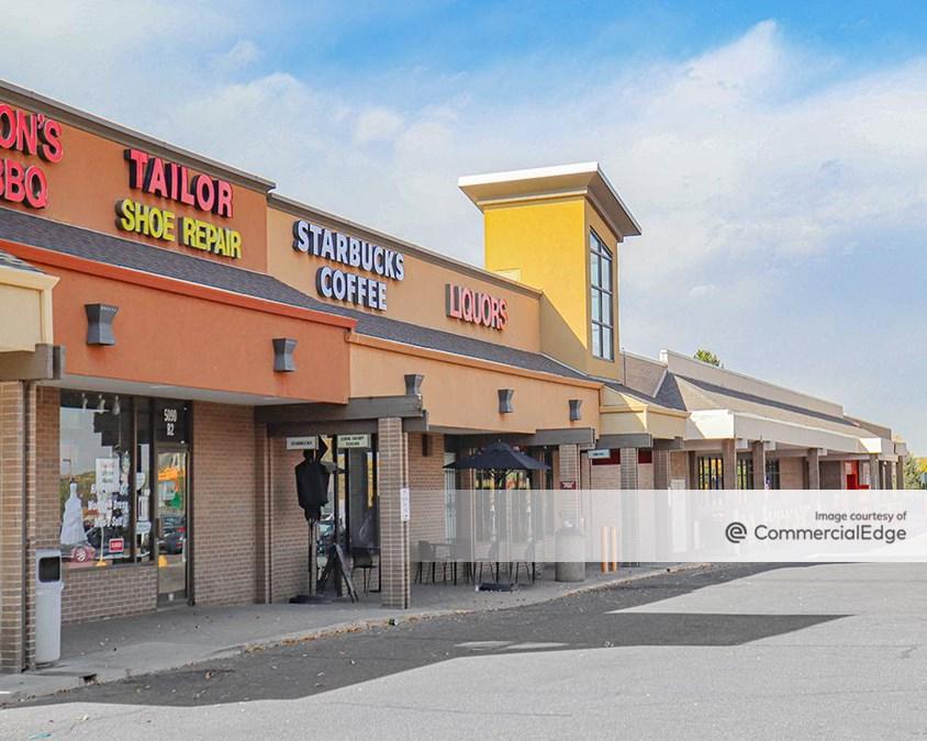 Arapahoe Village Center Shopping Center