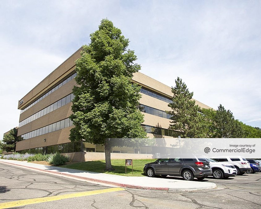 7201-7401 Corporate Center