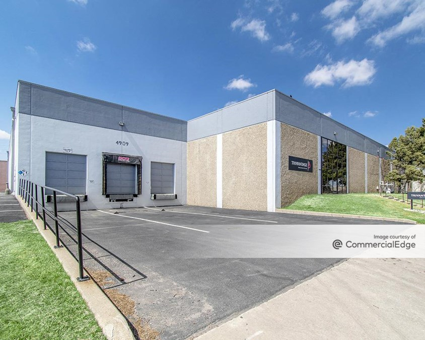 Montbello Industrial Park - 4909-4965 & 5075-5081 Kingston Street