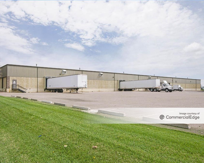 Atlas Industrial Park - 452, 500-520 Burbank Street & 2275 West Midway Blvd