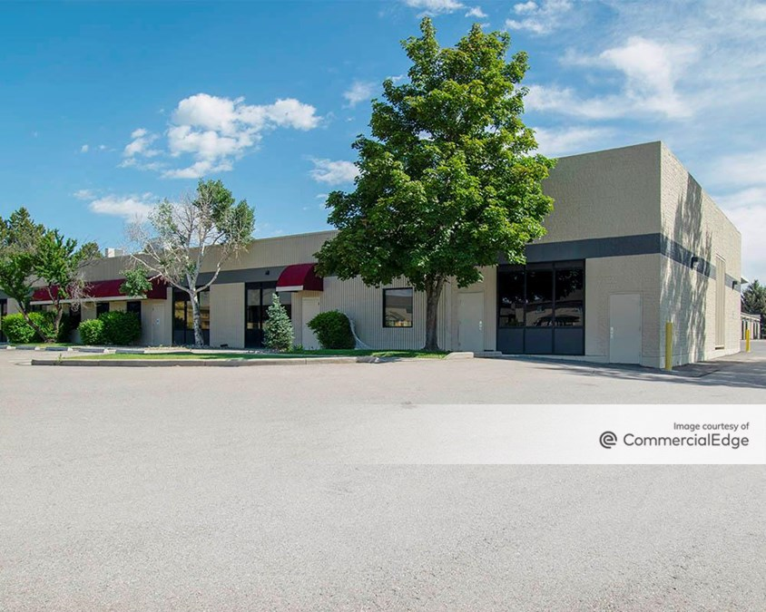Plum Tree Plaza - 2573 & 2579 Midpoint Drive