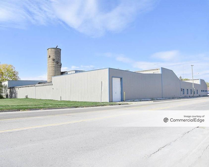 Trident Industrial Park - 1300 South Parker Street