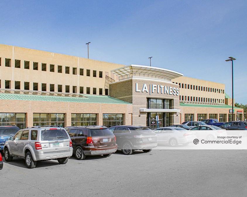 Pointe Plaza Shopping Center