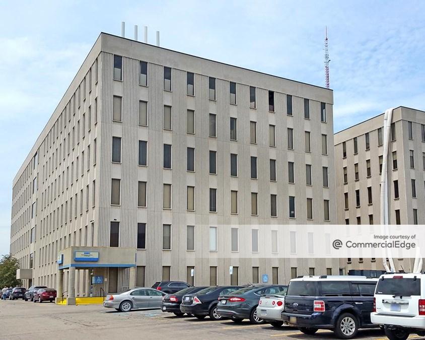 Advance Office Building