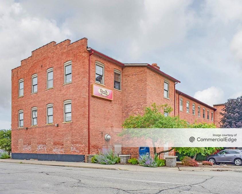 American Community Building