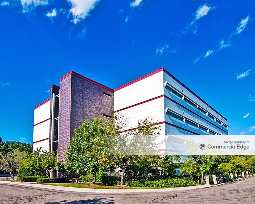 Farmbrook II Medical Building