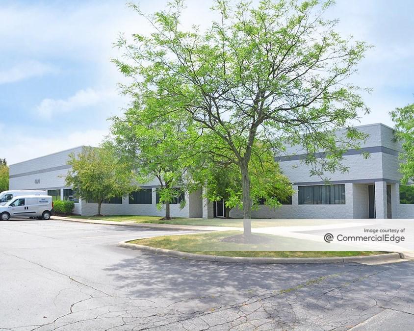 Ann Arbor Commerce Park - 4220 Varsity Drive