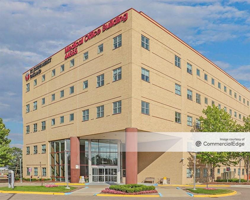 St. Joseph Mercy Oakland Hospital - Medical Office Building