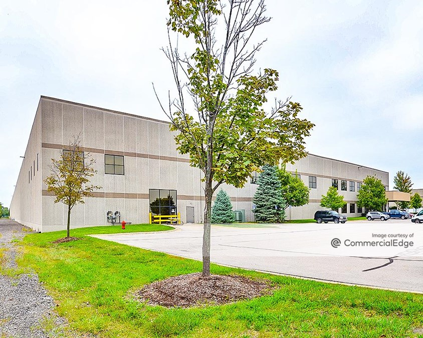 Livonia Corporate Center - Building 4