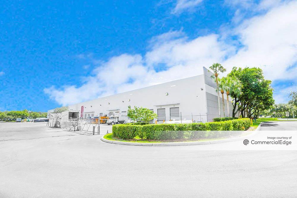 Port 95 Commerce Park - 4140 SW 30th Avenue