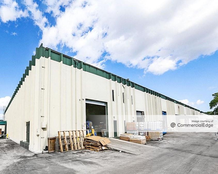 International Warehouse - Buildings 4710 & 4750