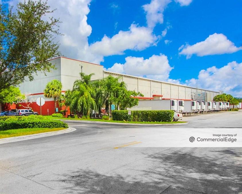 Center Port Distribution Center #300