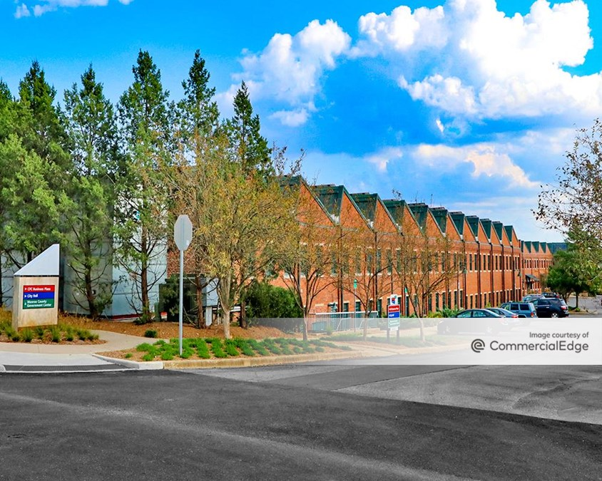 CFC Business Plaza at Showers