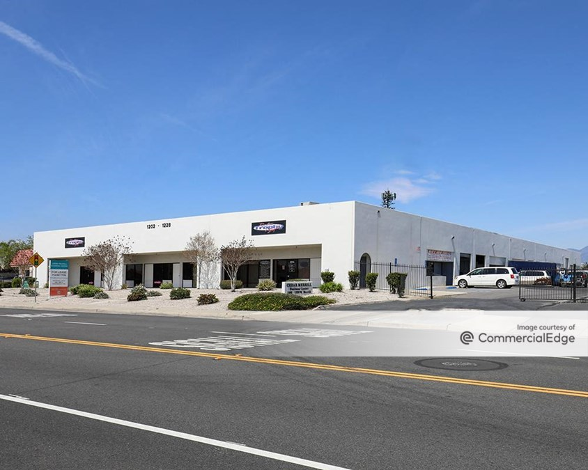 Cedar Merrill Business Center