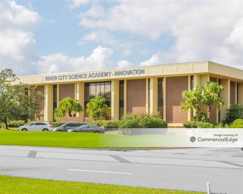 Deerwood Commerce Center