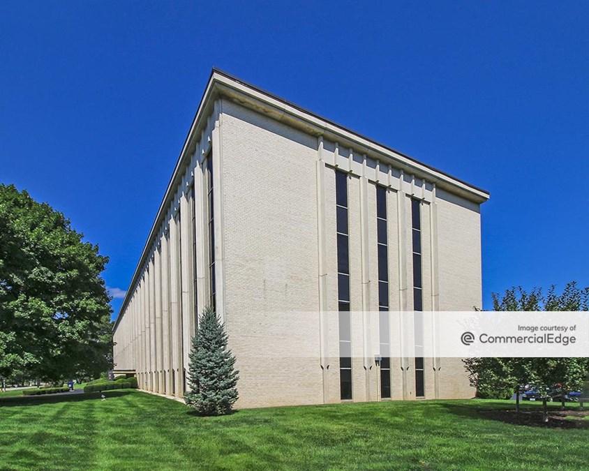 Cloverleaf Office Park - Building 2