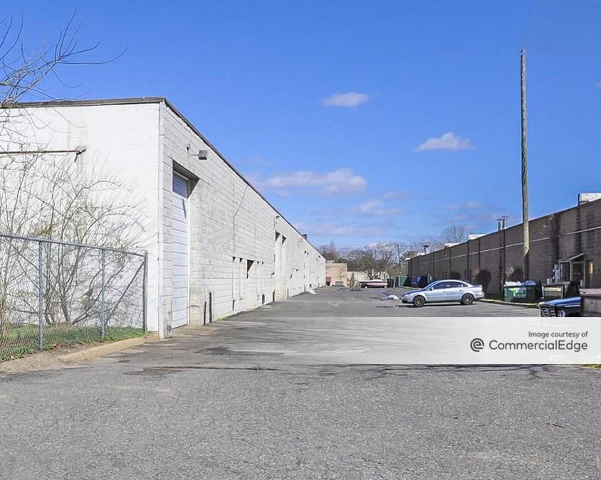 Holbrook Corporate Center