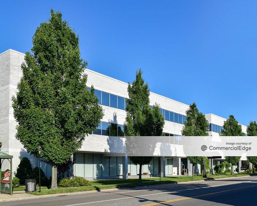 Franklin Avenue Plaza - 1205 Franklin Avenue