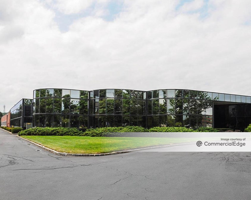 Broadhollow Corporate Center