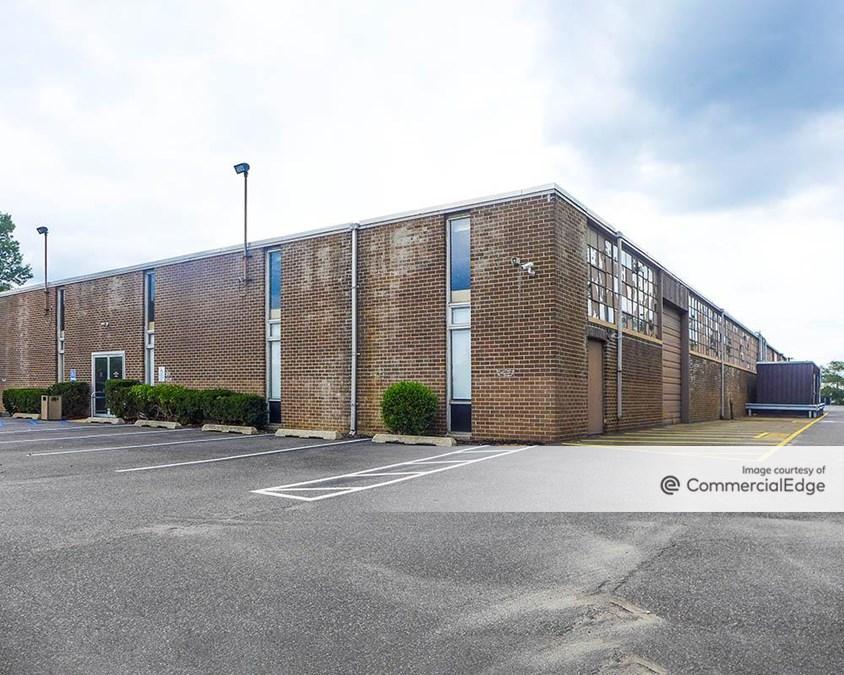 Crossways Corporate Park - 420-424 Crossways Park Drive