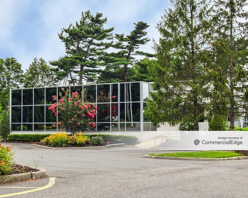Fairfield Office Park - 750 & 800 Veterans Memorial Hwy