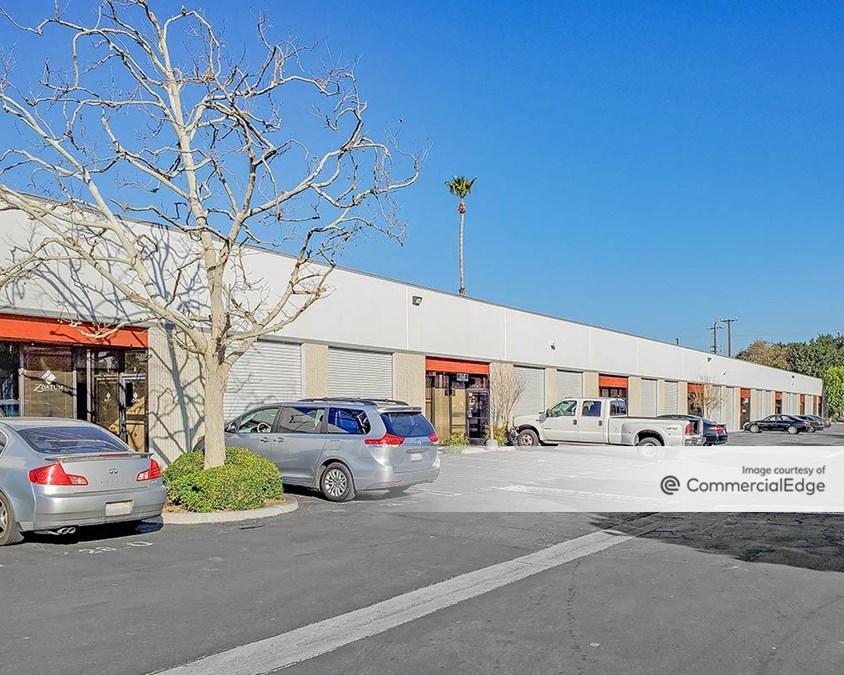 Lassen Business Center