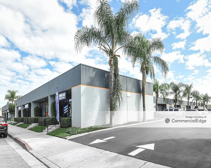 Tri-Star Business Center