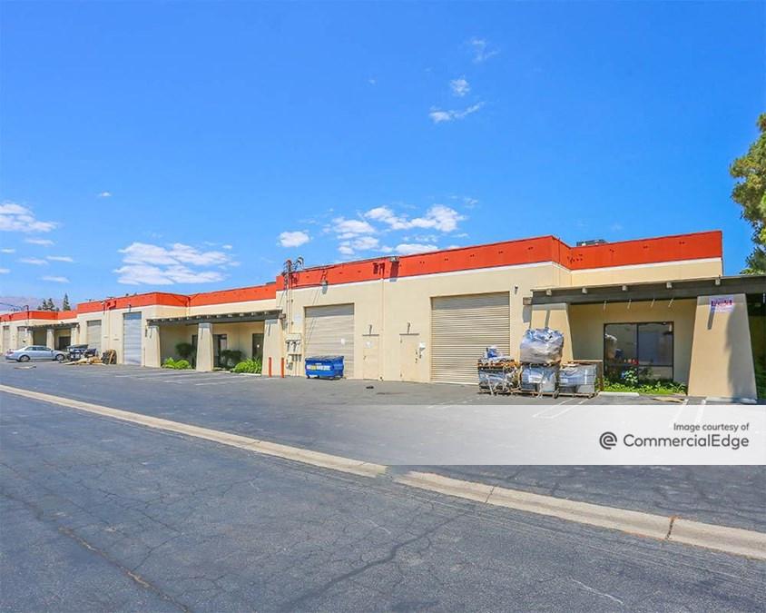 Itasca Business Center - 21011 Itasca Street