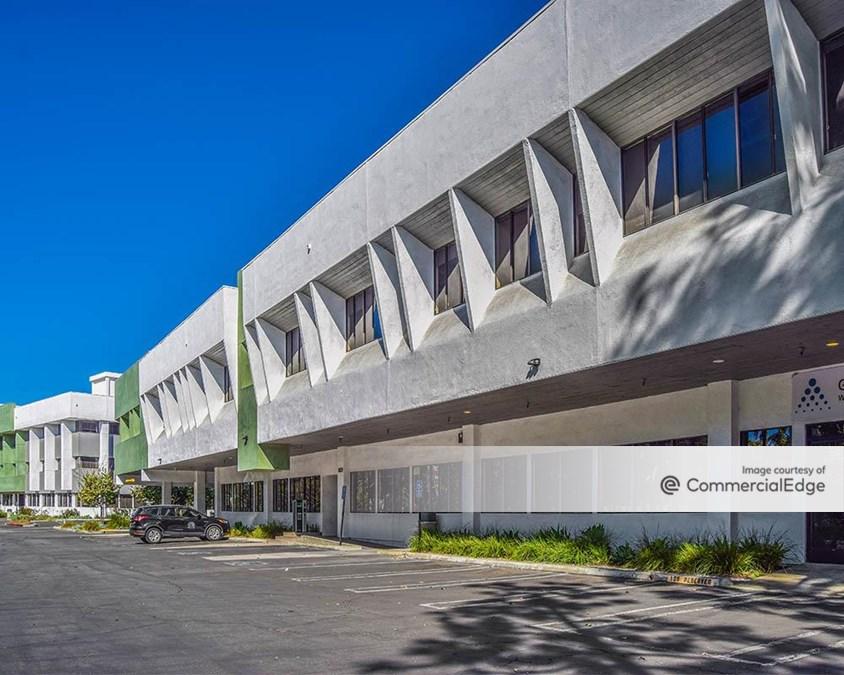 Pinnacle Creative Campus - 5839 Green Valley Circle