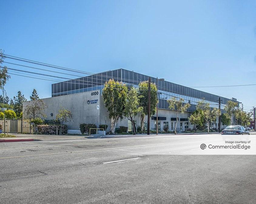 6100 San Fernando Road