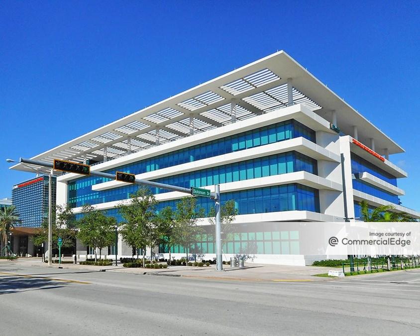 Lennar Foundation Medical Center