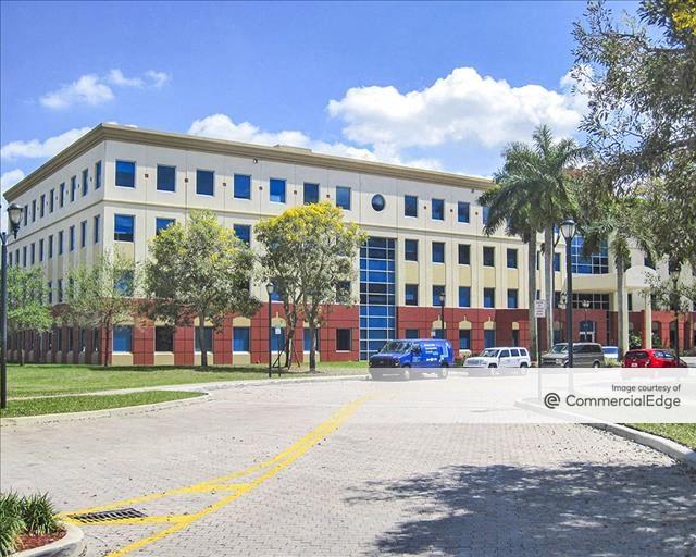 Doral Costa Office Park - 9800