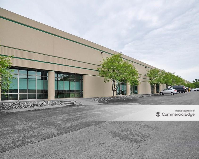 Airpark Business Center - Building 800