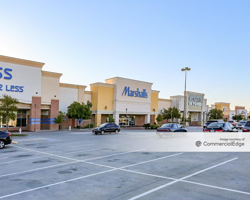 Shops at Vineyard Village - 2800 Highway 121