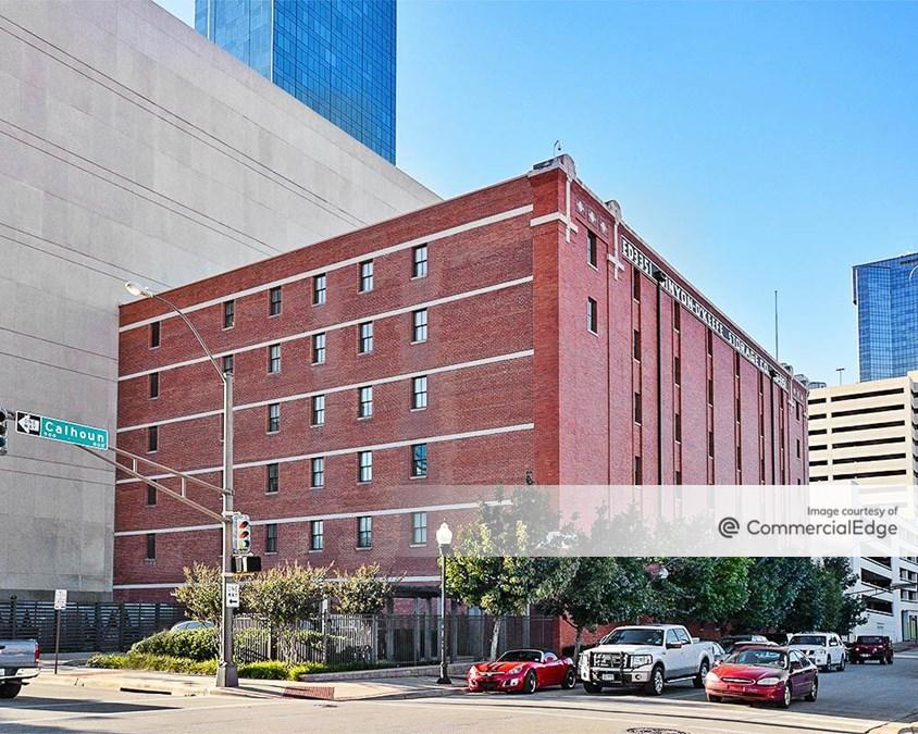Bennie G. Kniffen Building