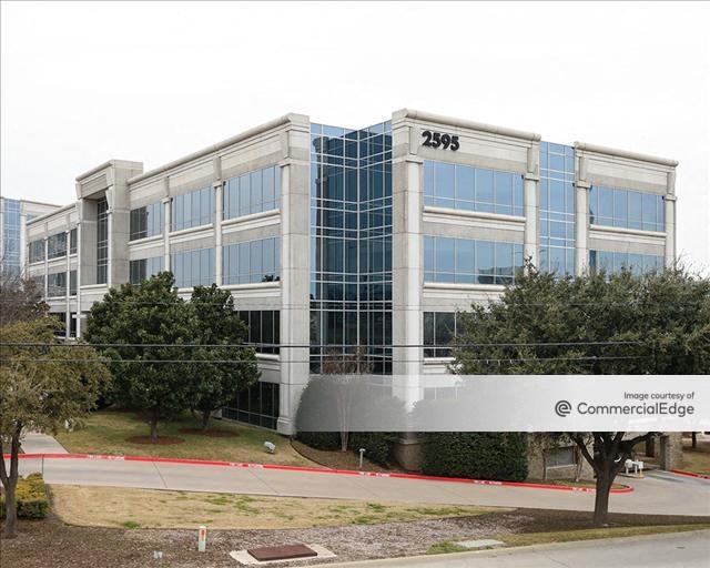 Hall Park - 2595 Dallas Pkwy