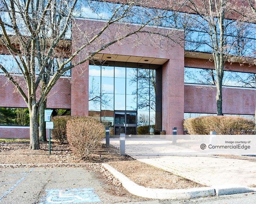 78 Corporate Center