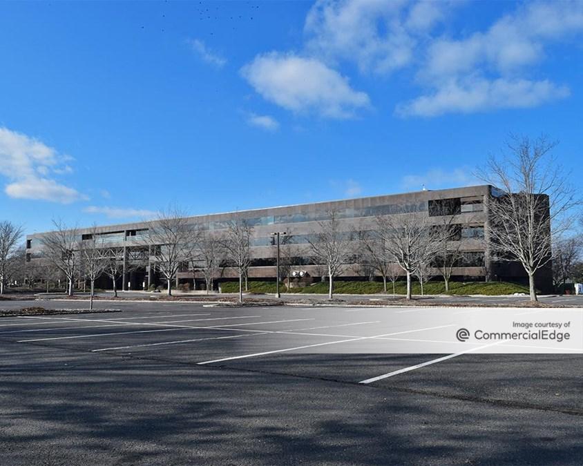 Carnegie Center - 301 Carnegie Center
