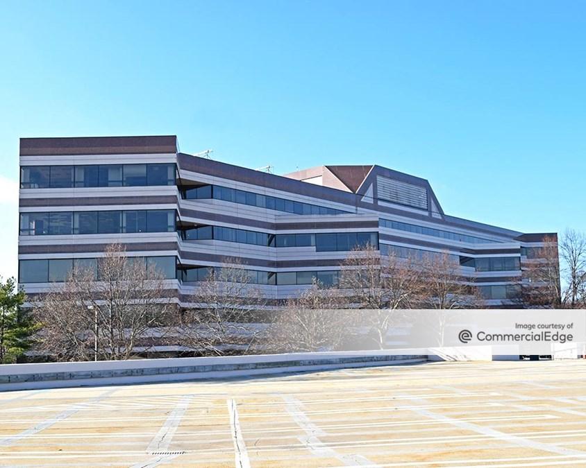 Carnegie Center - 210 Carnegie Center
